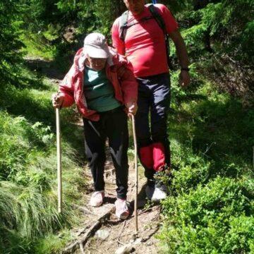 На гірській полонині на Рожнятівщині заблукала 93-річна туристка