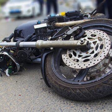 У Драгомирчанах два мотоцикли зіткнулися з позашляховиком