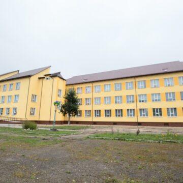 На Надвірнянщині урочисто відкрили реконструйований Гаврилівський ліцей (ФОТО)