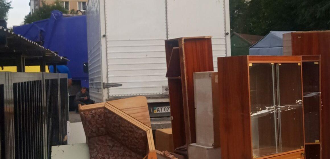 В Івано-Франківську склали адмінпротокол за великогабаритне сміття