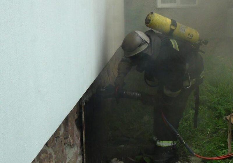 В Івано-Франківську під час пожежі врятували безпритульного