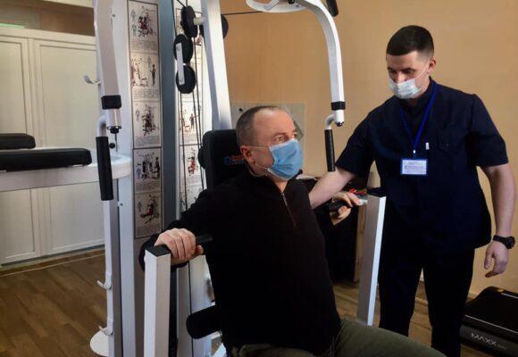 Тренажери, масаж і лікувальна фізкультура: як учасники бойових дій проходять реабілітацію
