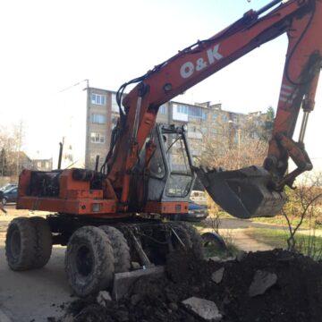 В обласному центрі почали ремонт двору на вулиці Вовчинецькій