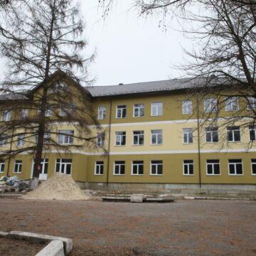 У Яремче та Чорному Потоці Делятинської громади триває будівництво навчальних закладів