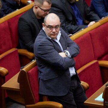Прикарпатський нардеп анонсує розгляд законопроекту про вогнепальну зброю вже наступного тижня