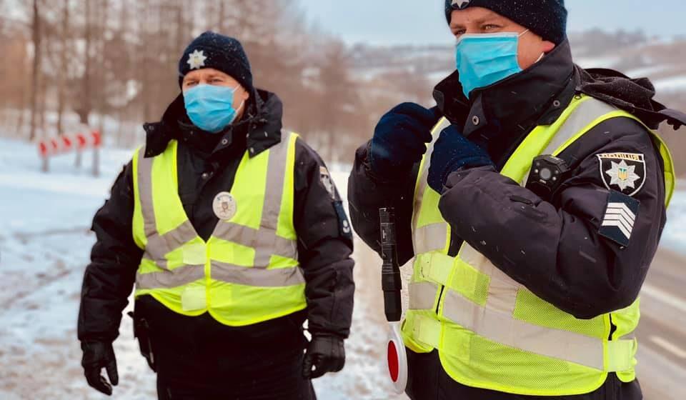 Поліцейські посилили контроль за безпекою дорожнього руху на території області