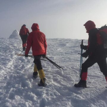 На горі Піп Іван встановили зимові вказівники для туристів
