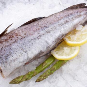 На прилавки оптових магазинів потрапила риба із гельмінтами