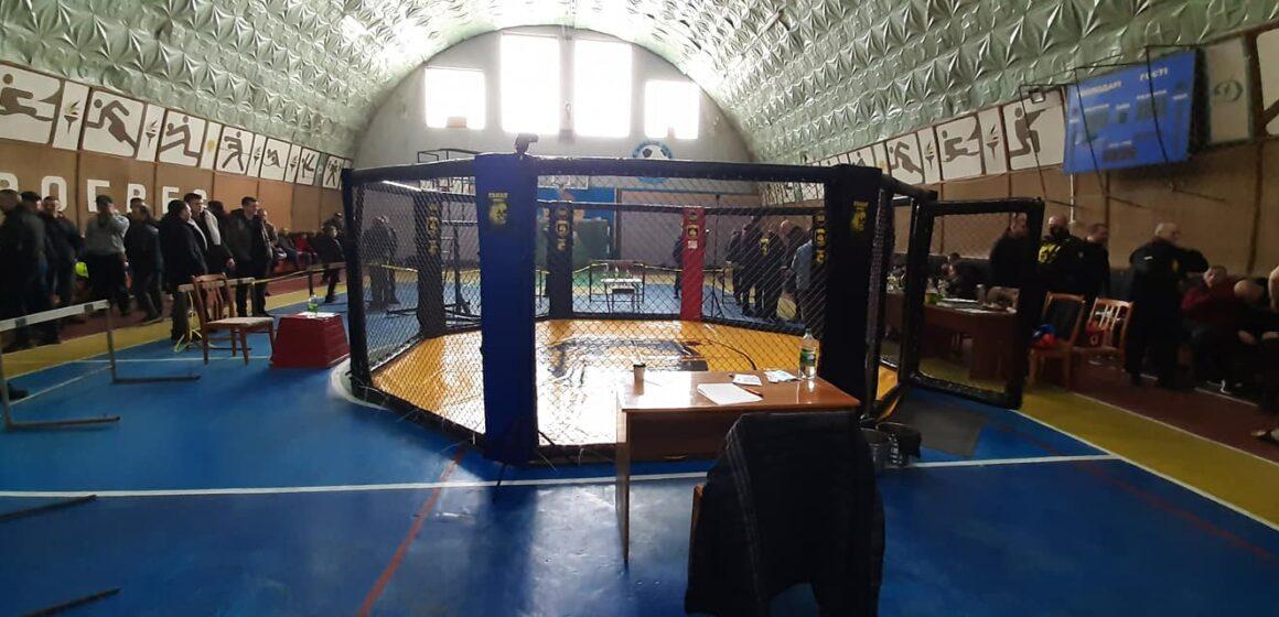 Бурштинські кікбоксери успішно виступили на турнірі у Сторожинці