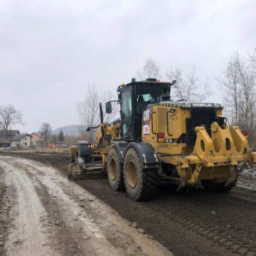 У кількох селах Богородчанщини підремонтували розбиті дороги (ФОТО)