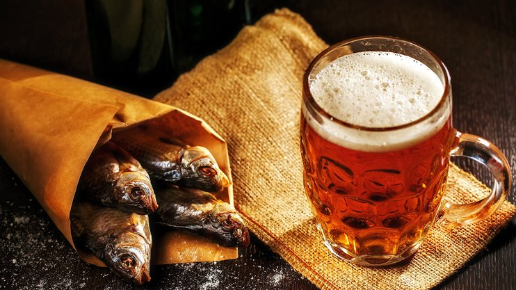 На Прикарпатті знайшли столітній рецепт домашнього пива