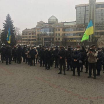 Прикарпатські підприємці протестують проти карантинних заборон