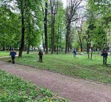 У двох франківських парках проведуть реконструкцію алей та дитячих майданчиків