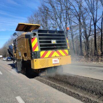 Дорожні служби розпочали ремонти головних автотрас Прикарпаття