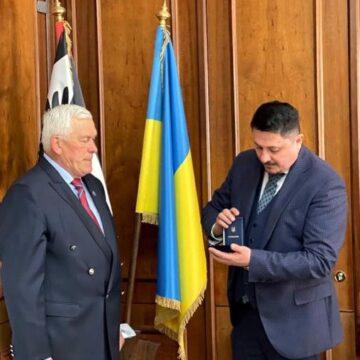 Відомому футбольному наставнику Петру Кушлику вручили медаль «За заслуги перед Прикарпаттям»