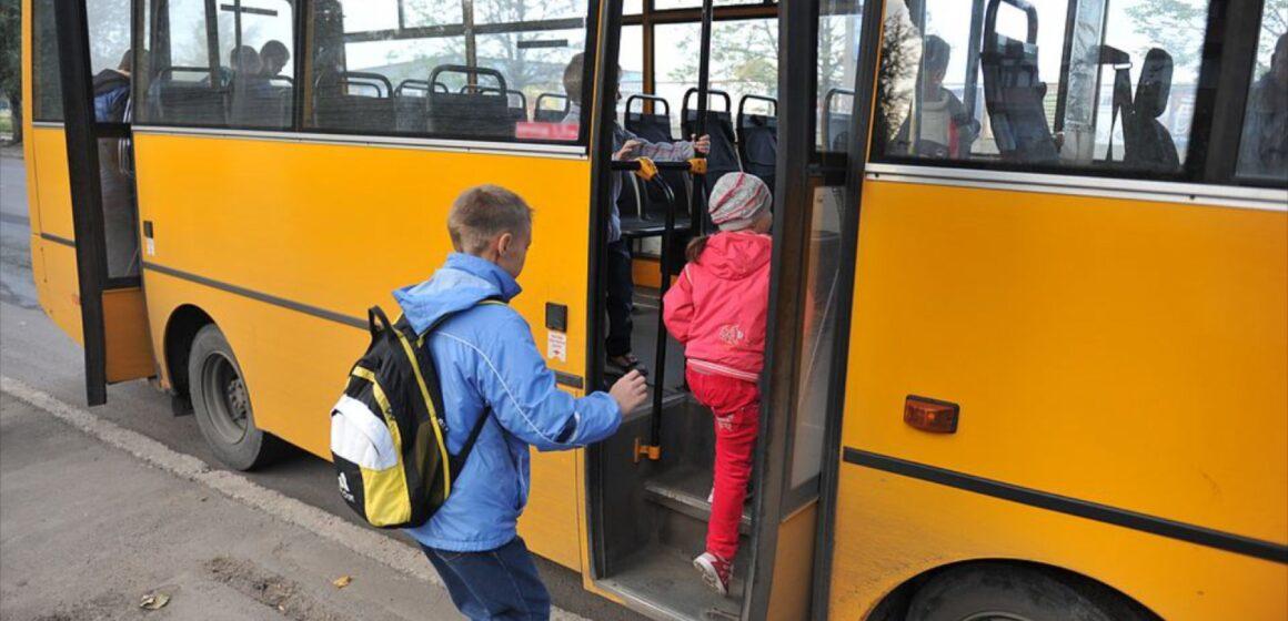 У Долинській громаді запустили додаткові спецрейси для перевезення учнів та педагогів (перелік маршрутів)