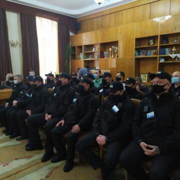На вулиці Калуша вийшли муніципальні інспектори