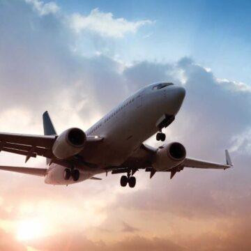 Америка рекомендує авіакомпаніям обережно літати над Україною та Росією