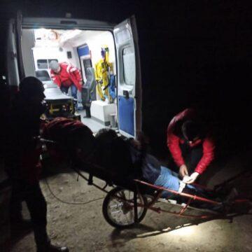 Рятувальники надали допомогу туристу, який травмував ногу